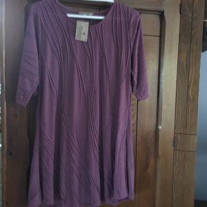 Windhorse plum/mauve short sleeved dress. Size S/M
